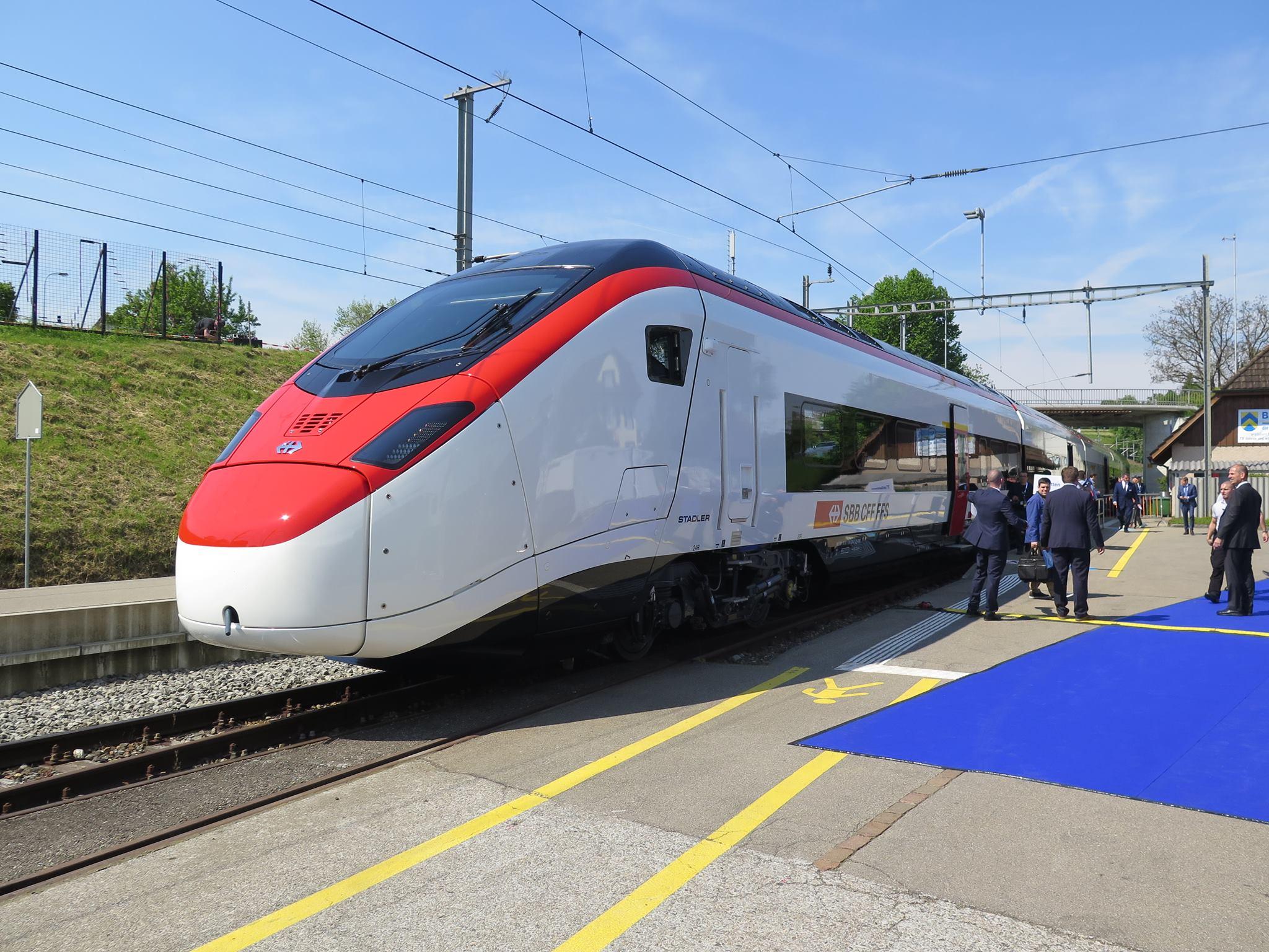 Tage der offenen tür  Werkstattatlas.info - Die Bahnwelt im Internet - Stadler Rail: Tag ...